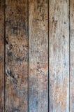 Παλαιό ηλικίας shabby κόκκινο πιάτο δρύινου ξύλου, που χρωματίζεται μερικώς και με κάποιο μαύρο όρφνωση, σύσταση ή υπόβαθρο στοκ εικόνα με δικαίωμα ελεύθερης χρήσης