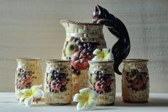 παλαιό καθορισμένο τσάι στοκ εικόνες