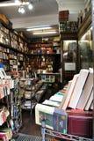 Παλαιό και όμορφο βιβλιοπωλείο Chueca στην περιοχή στοκ φωτογραφίες με δικαίωμα ελεύθερης χρήσης