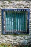 παλαιό κλείνω με παντζούρια παράθυρο Στοκ Εικόνες