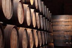 παλαιό κρασί κελαριών Στοκ Φωτογραφίες