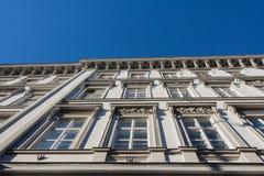 Παλαιό κτήριο στο κέντρο πόλεων της Βουδαπέστης Στοκ φωτογραφία με δικαίωμα ελεύθερης χρήσης