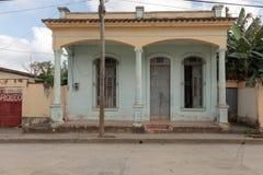 Παλαιό κτήριο στο baracoa, Κούβα στοκ φωτογραφίες