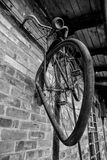 Παλαιό μνημείο ποδηλάτων Bicykle σκουριασμένο Στοκ εικόνα με δικαίωμα ελεύθερης χρήσης