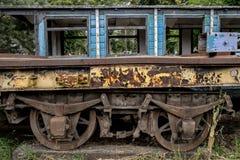 Παλαιό μνημείο σιδηροδρόμων τραίνων μεταφορών Στοκ Εικόνα
