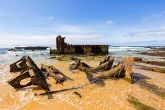 Παλαιό ναυάγιο ακτών στοκ εικόνες με δικαίωμα ελεύθερης χρήσης