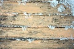 Παλαιό ξύλινο υπόβαθρο των πινάκων με το ραγισμένο και χρώμα αποφλοίωσης Στοκ Εικόνες