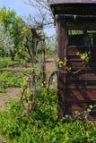 Παλαιό ξύλινο υπόστεγο στις διανομές στη μεγαλύτερη Πολωνία στοκ εικόνα με δικαίωμα ελεύθερης χρήσης