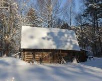 Παλαιό ξύλινο υπόστεγο Στοκ φωτογραφίες με δικαίωμα ελεύθερης χρήσης