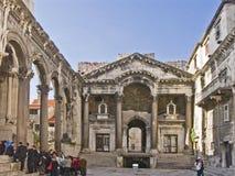 Παλαιό παλάτι Diocletian ` s στη διάσπαση Στοκ Φωτογραφίες