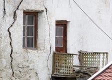 Παλαιό παράθυρο σε ένα παλαιό κτήριο Στοκ εικόνες με δικαίωμα ελεύθερης χρήσης