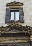 Παλαιό παράθυρο της Ευρώπης Στοκ φωτογραφία με δικαίωμα ελεύθερης χρήσης
