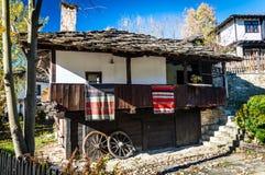 Παλαιό παραδοσιακό βουλγαρικό σπίτι Στοκ εικόνα με δικαίωμα ελεύθερης χρήσης