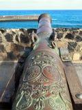Παλαιό πυροβόλο στο λιμάνι santa cruz tenerife Στοκ Εικόνα