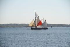 Παλαιό σκάφος mountins στοκ φωτογραφία με δικαίωμα ελεύθερης χρήσης