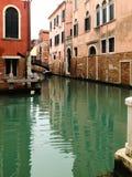 Παλαιό σπίτι στη Βενετία στοκ εικόνα με δικαίωμα ελεύθερης χρήσης