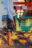 Παλαιό συρμένο άλογο καλυμμένο βαγόνι εμπορευμάτων Στοκ εικόνα με δικαίωμα ελεύθερης χρήσης