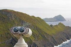 Παλαιό τηλεσκόπιο τουριστών στην ιρλανδική ατλαντική ακτή Στοκ Φωτογραφίες