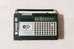 Παλαιό όργανο καταγραφής ταινιών κασετών Τοπ όψη Στοκ εικόνες με δικαίωμα ελεύθερης χρήσης