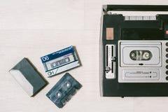 Παλαιό όργανο καταγραφής ταινιών κασετών Τοπ όψη Στοκ Εικόνες