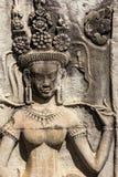 Παλαιό apsara που χαράζεται στο διακοσμητικό τοίχο ψαμμίτη στο angkor wat Καμπότζη Στοκ φωτογραφία με δικαίωμα ελεύθερης χρήσης