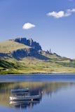 παλαιό storr ατόμων λιμνών βαρκών leathann Στοκ Εικόνα