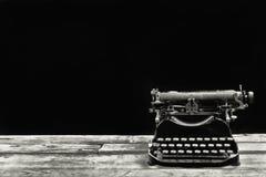 Παλαιό παλαιό Typewritter στοκ εικόνα