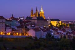 παλαιό vltava ταξιδιού ποταμών της Πράγας φωτογραφιών της Ευρώπης κάστρων Στοκ εικόνες με δικαίωμα ελεύθερης χρήσης