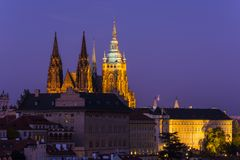 παλαιό vltava ταξιδιού ποταμών της Πράγας φωτογραφιών της Ευρώπης κάστρων Στοκ φωτογραφία με δικαίωμα ελεύθερης χρήσης