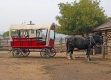 Παλαιό wagong με το άλογο Στοκ εικόνες με δικαίωμα ελεύθερης χρήσης