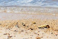 Παλιοπράγματα στην παραλία στοκ φωτογραφία