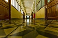 παλιό σχολείο διαδρόμων Στοκ φωτογραφίες με δικαίωμα ελεύθερης χρήσης