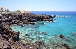 Πανέμορφος τυρκουάζ δύσκολος κόλπος σε Playa de San Juan Tenerife Στοκ Φωτογραφία