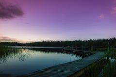 Πανέμορφο βράδυ στο νερό Στοκ εικόνες με δικαίωμα ελεύθερης χρήσης