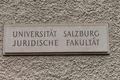 Πανεπιστημιακό σημάδι Στοκ Εικόνες