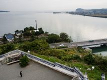 Πανοραμική άποψη από την κορυφή του κάστρου Kitsuki - νομαρχιακό διαμέρισμα του Oita, Ιαπωνία στοκ εικόνες