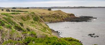 Πανοραμική άποψη επιφυλακής βράχου νησιών και πυραμίδων του Phillip, Βικτώρια Στοκ Φωτογραφία