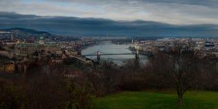 Πανοραμική άποψη ποταμών Δούναβη Στοκ φωτογραφία με δικαίωμα ελεύθερης χρήσης