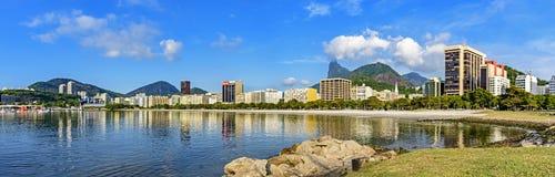 Πανοραμική άποψη πρωινού της παραλίας και του όρμου Botafogo στοκ εικόνες με δικαίωμα ελεύθερης χρήσης