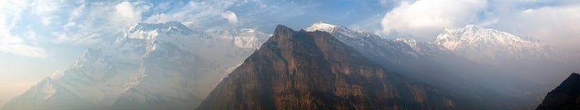 Πανοραμική άποψη πρωινού της σειράς Annapurna Στοκ Φωτογραφία