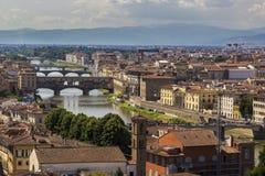 Πανοραμική άποψη σε Ponte Vecchio, Φλωρεντία Στοκ φωτογραφία με δικαίωμα ελεύθερης χρήσης