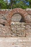 Πανοραμική άποψη στα αρχαία θερμικά λουτρά Diocletianopolis, πόλη Hisarya, Βουλγαρία Στοκ φωτογραφία με δικαίωμα ελεύθερης χρήσης