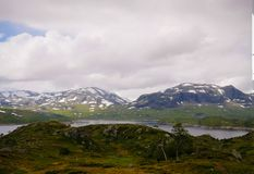 Πανοραμική άποψη στο οροπέδιο Hardangervidda και τη λίμνη Votna στη Νορβηγία Στοκ εικόνα με δικαίωμα ελεύθερης χρήσης