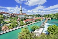 Πανοραμική άποψη σχετικά με την παλαιά πόλη της Βέρνης, πρωτεύουσα της Ελβετίας Στοκ φωτογραφία με δικαίωμα ελεύθερης χρήσης