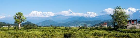 Πανοραμική άποψη σχετικά με τη σειρά βουνών Annapurna Στοκ εικόνα με δικαίωμα ελεύθερης χρήσης
