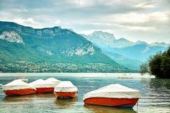 Πανοραμική άποψη της λίμνης Annecy στη Γαλλία Στοκ Εικόνες