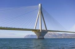 Πανοραμική άποψη της γέφυρας αναστολής Ρίο - Antirio κοντά σε Patra, Ελλάδα στοκ φωτογραφία