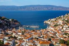 Πανοραμική άποψη της μαρίνας και του νησιού Hydra, Αιγαίο πέλαγος στοκ φωτογραφίες