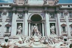 Πανοραμική άποψη της πηγής TREVI στην περιοχή TREVI στη Ρώμη, Ιταλία στοκ φωτογραφία