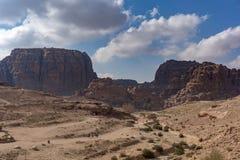 Πανοραμική άποψη της ροδαλής πόλης της Petra από τους υψηλούς τάφους Στοκ Εικόνες